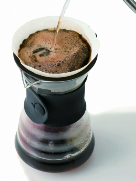 V60 DECANTER WITH COFFEE