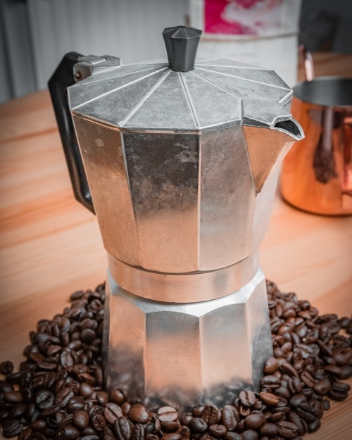 Brewing coffee with a Moka Pot: All of Balance Coffee's Top Tips