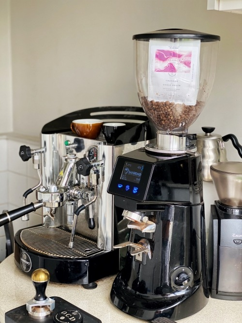 With our coffee grinder tips, your machine will be kept in top condition