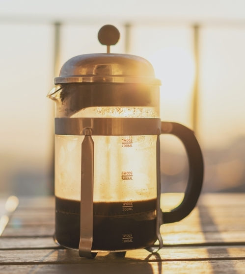 How to make frothed milk in a cafetiere