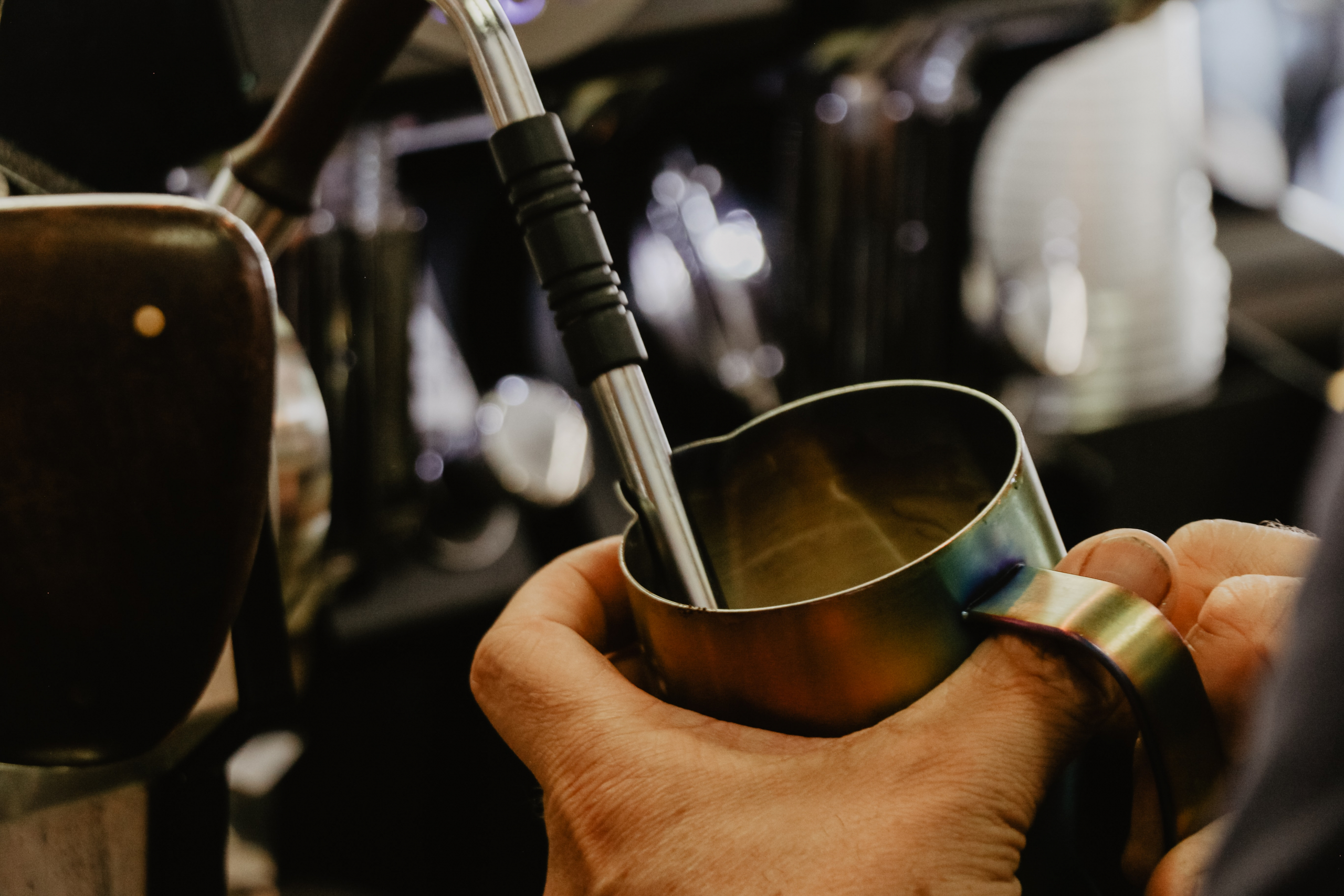 How to steam milk with a Sage coffee machine